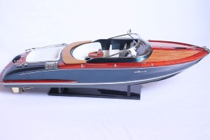 Riva Aquariva Limited Edition by Marc Newson 50 cm
