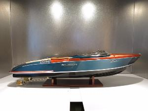 Riva Aquariva Limited Edition by Marc Newson 65 cm
