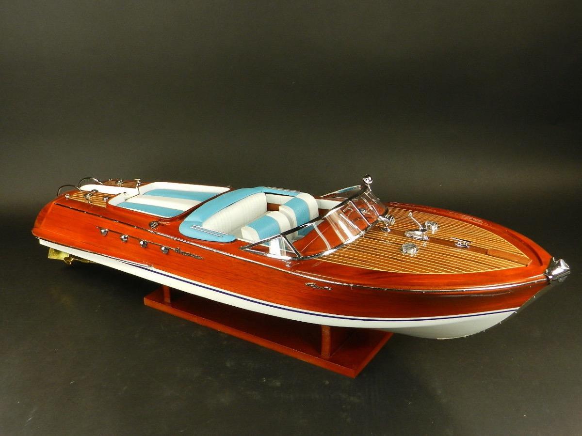 maquette bateau bois riva aquarama en 90 cm